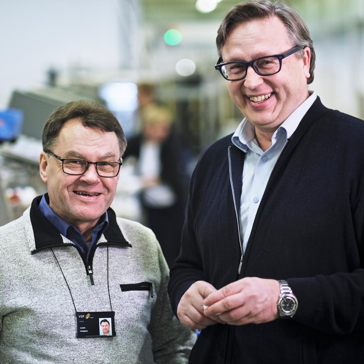 VSP:n Harri Friberg ja Munaxin Hannu Majander arvostavat pitkää kumppanuutta IT-asioissa.